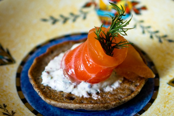 SALMON GRAVLAX ON SARAZIN BLINIS | The Foodie Collective